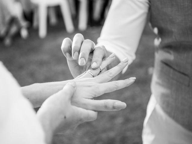 Le mariage de Jérémy et Adeline à Entraigues-sur-la-Sorgue, Vaucluse 24