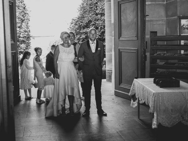 Le mariage de Tanguy et Sarah à Herbitzheim, Bas Rhin 5