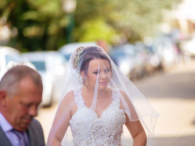 Le mariage de Tanguy et Sarah à Herbitzheim, Bas Rhin 10