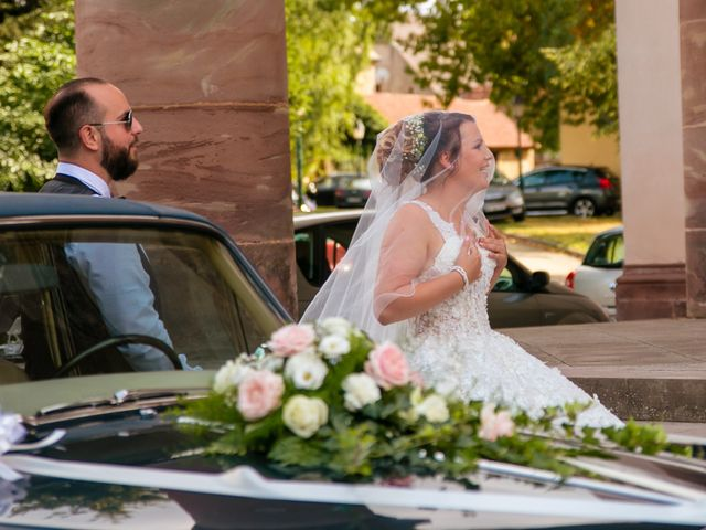 Le mariage de Tanguy et Sarah à Herbitzheim, Bas Rhin 11