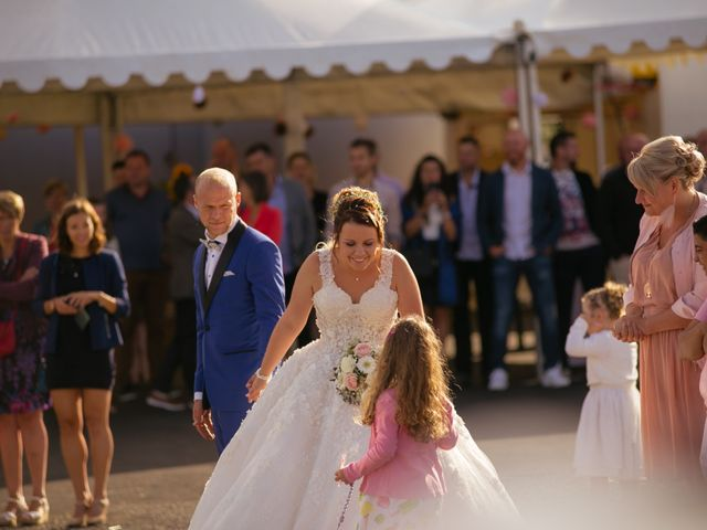 Le mariage de Tanguy et Sarah à Herbitzheim, Bas Rhin 32