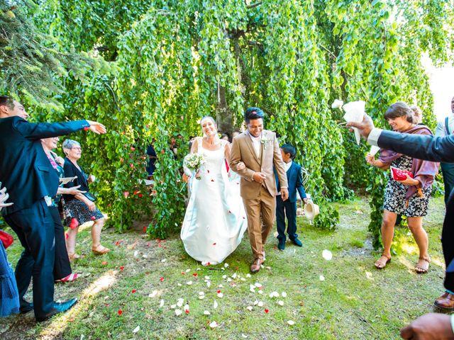 Le mariage de Pascal et Estelle à Saint-André-de-Chalencon, Haute-Loire 7