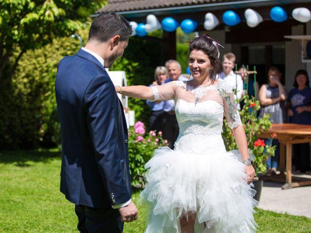 Le mariage de Laurent et Vanessa à Cluses, Haute-Savoie 17