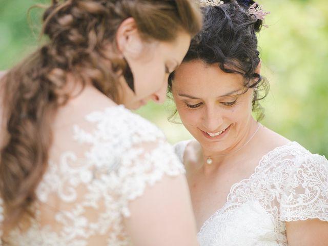 Le mariage de Maeva et Julie à Vendoeuvres, Indre 1
