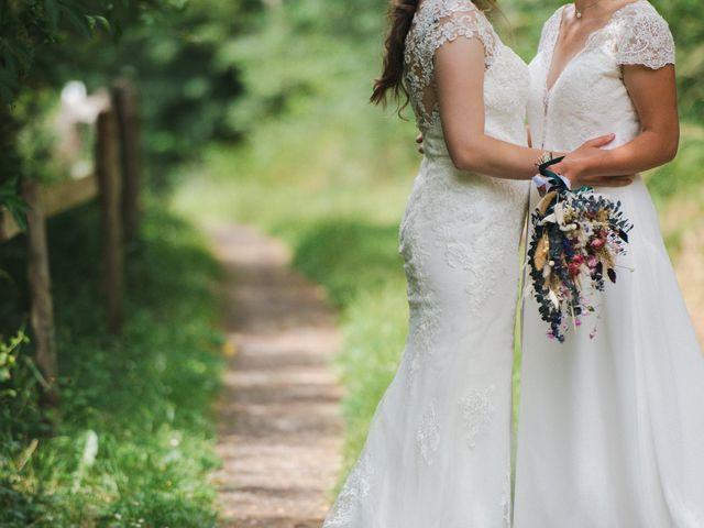 Le mariage de Maeva et Julie à Vendoeuvres, Indre 11
