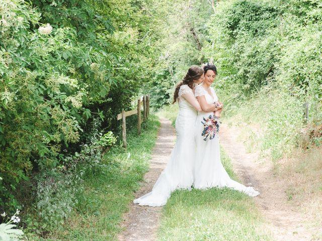 Le mariage de Maeva et Julie à Vendoeuvres, Indre 12