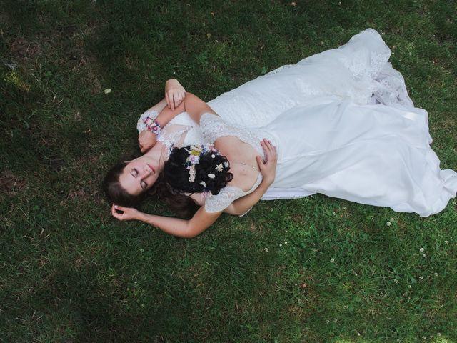 Le mariage de Maeva et Julie à Vendoeuvres, Indre 14
