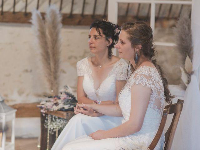 Le mariage de Maeva et Julie à Vendoeuvres, Indre 18