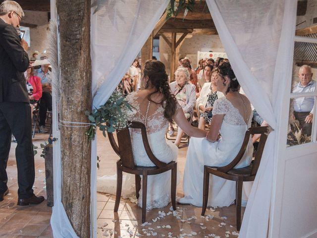 Le mariage de Maeva et Julie à Vendoeuvres, Indre 19