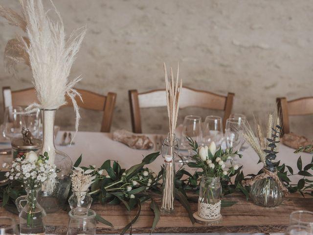 Le mariage de Maeva et Julie à Vendoeuvres, Indre 29