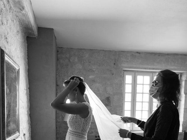 Le mariage de Victor et Bénédicte à Saint-Gènes-de-Castillon, Gironde 5