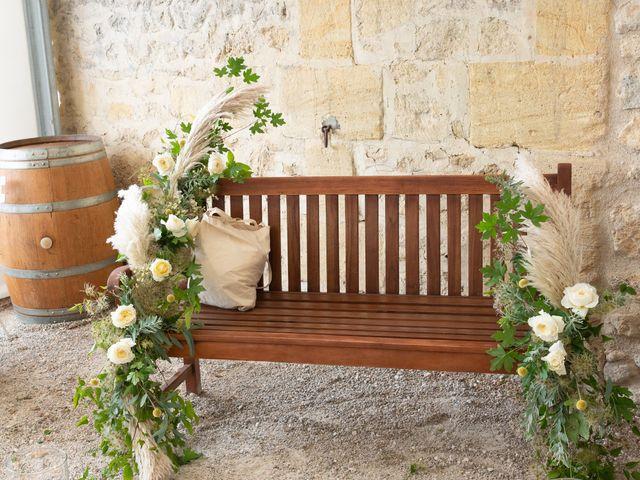 Le mariage de Victor et Bénédicte à Saint-Gènes-de-Castillon, Gironde 8