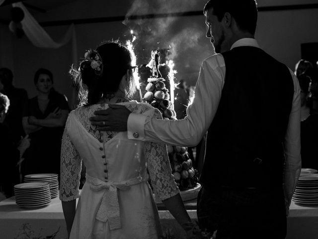 Le mariage de Damien et Hélène  à Le Mesnil-Mauger, Calvados 11