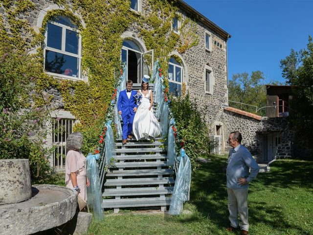 Le mariage de Arnaud et Anaïs à Lussas, Ardèche 10