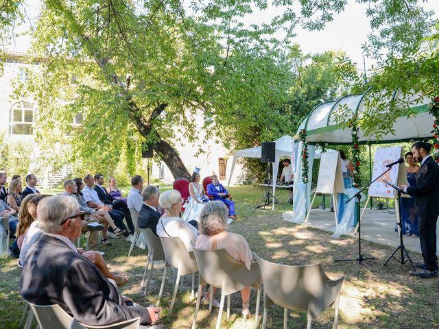 Le mariage de Arnaud et Anaïs à Lussas, Ardèche 13