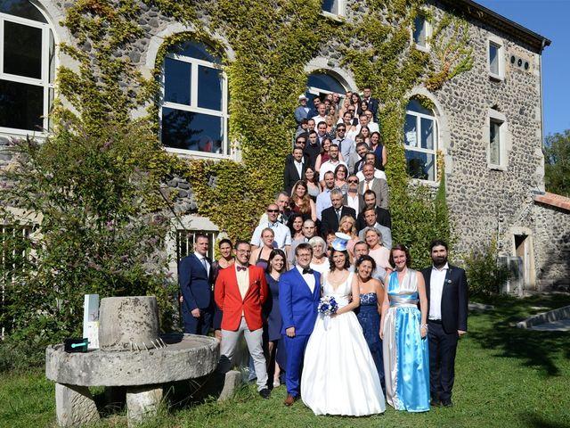Le mariage de Arnaud et Anaïs à Lussas, Ardèche 27