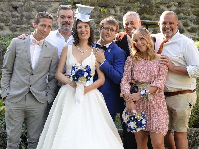 Le mariage de Arnaud et Anaïs à Lussas, Ardèche 30