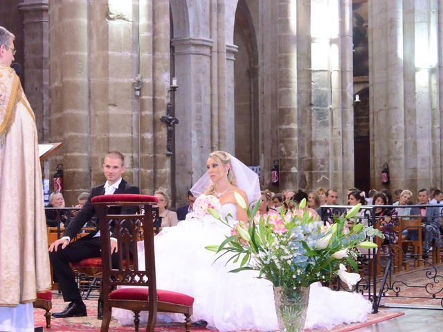 Le mariage de Renaud et Justine à Saint-Maximin-la-Sainte-Baume, Var 32