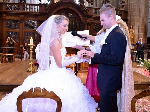 Le mariage de Renaud et Justine à Saint-Maximin-la-Sainte-Baume, Var 33