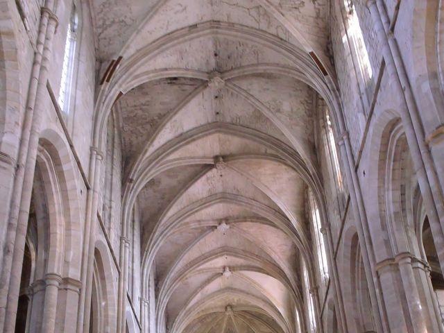 Le mariage de Renaud et Justine à Saint-Maximin-la-Sainte-Baume, Var 37