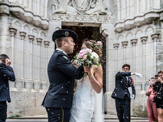 Le mariage de Thomas et Élisa à La Chapelle-de-Guinchay, Saône et Loire 8