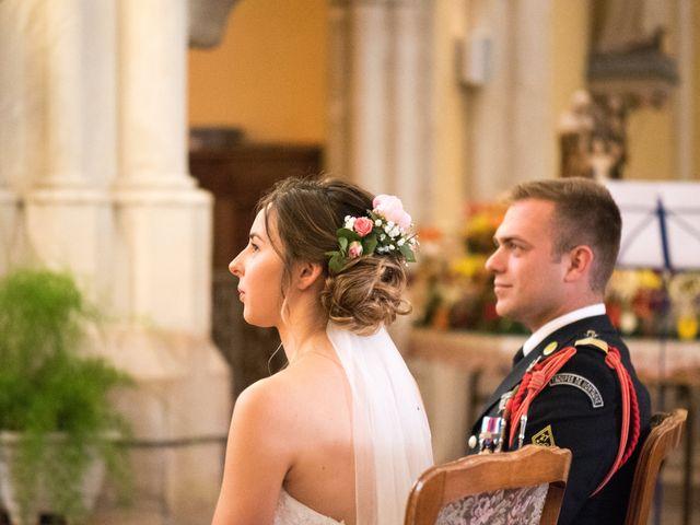 Le mariage de Thomas et Élisa à La Chapelle-de-Guinchay, Saône et Loire 9