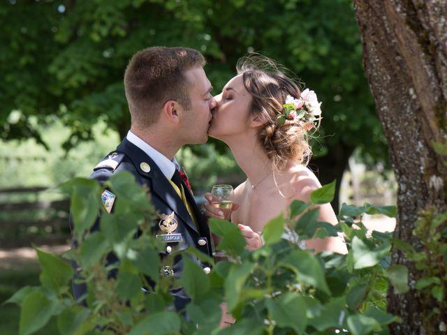 Le mariage de Thomas et Élisa à La Chapelle-de-Guinchay, Saône et Loire 20