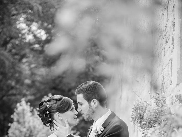 Le mariage de Christophe et Indiana à Ouistreham, Calvados 3