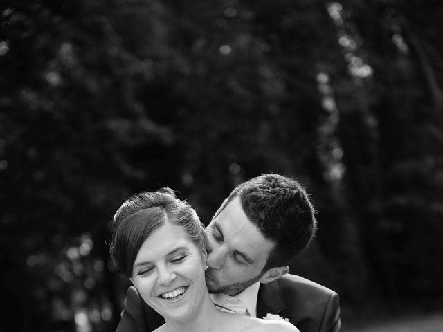 Le mariage de Christophe et Indiana à Ouistreham, Calvados 6