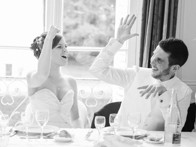 Le mariage de Christophe et Indiana à Ouistreham, Calvados 8
