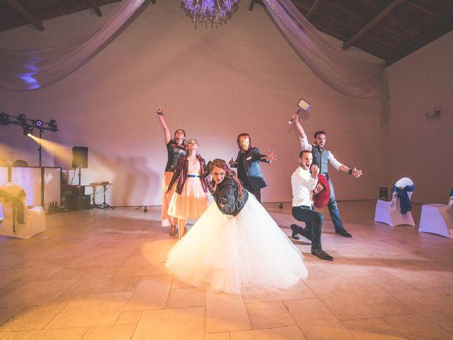Le mariage de Stéphane et Isabelle à Montbrison, Drôme 22