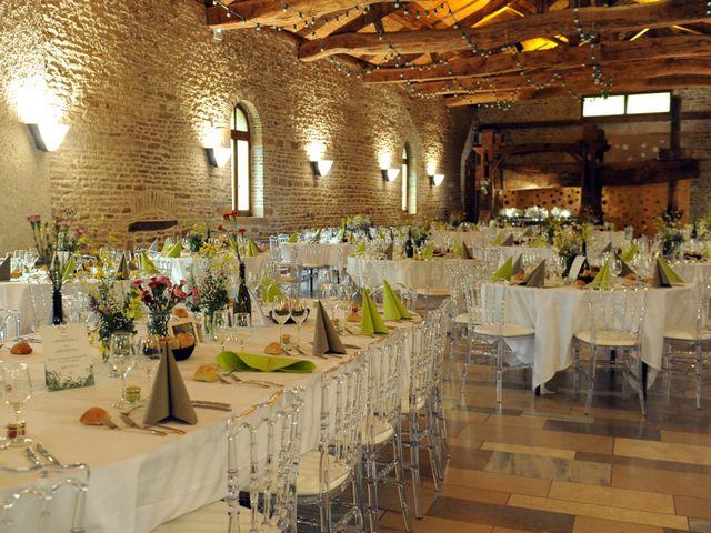 Le mariage de Clément et Agathe à Mâcon, Saône et Loire 25