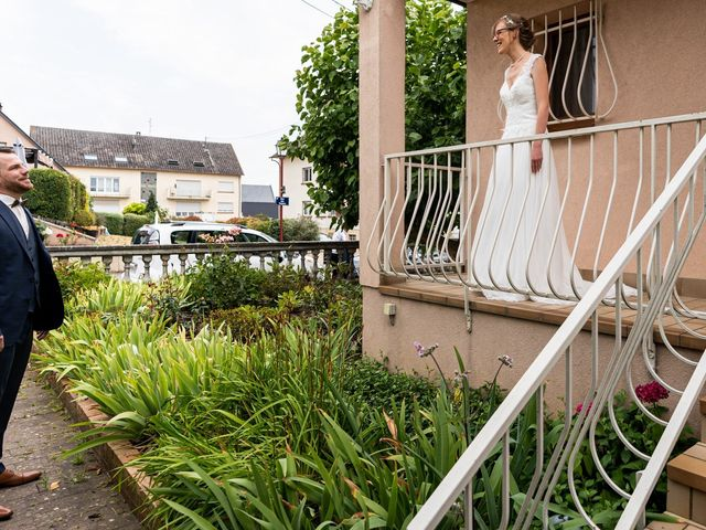 Le mariage de Xavier et Pauline à Schwindratzheim, Bas Rhin 8