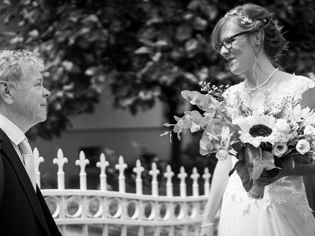 Le mariage de Xavier et Pauline à Schwindratzheim, Bas Rhin 13
