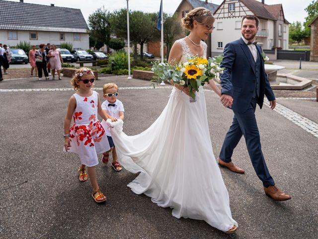 Le mariage de Xavier et Pauline à Schwindratzheim, Bas Rhin 18