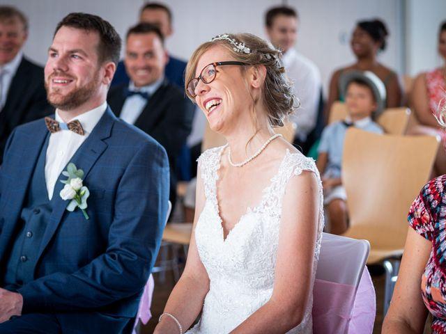 Le mariage de Xavier et Pauline à Schwindratzheim, Bas Rhin 19