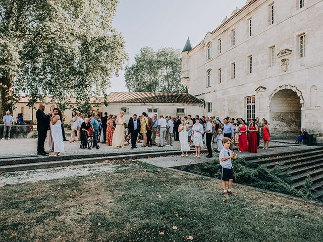 Le mariage de Fabrice et Aurélia à Saintes, Charente Maritime 26