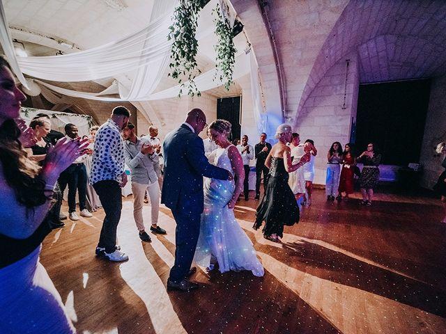 Le mariage de Fabrice et Aurélia à Saintes, Charente Maritime 32
