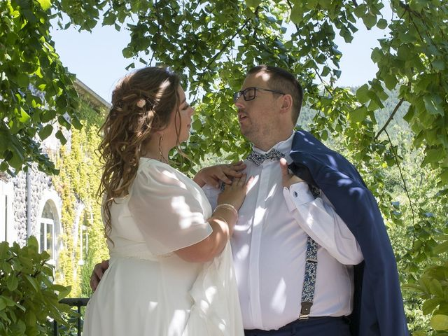Le mariage de Erwan et Anna à Lussas, Ardèche 6