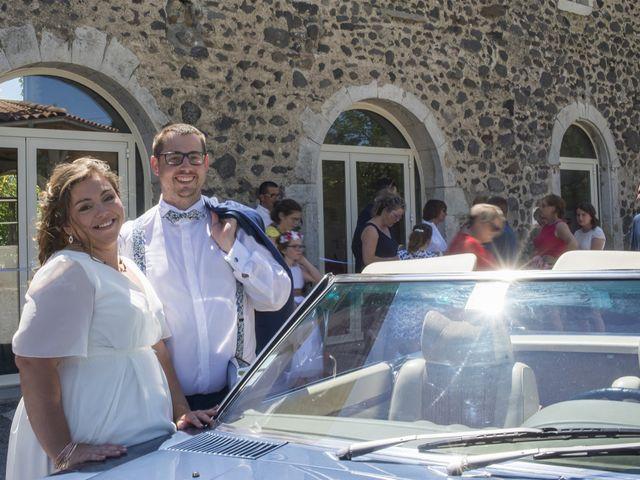 Le mariage de Erwan et Anna à Lussas, Ardèche 11