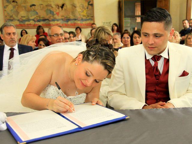 Le mariage de Jérémy et Cassandra à Vauvert, Gard 10