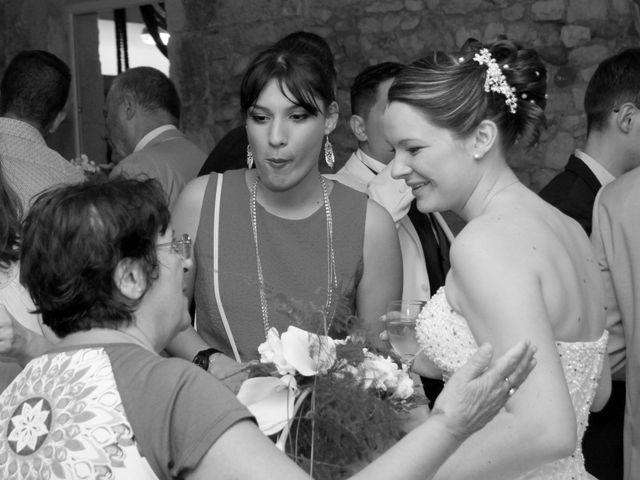 Le mariage de Jérémy et Cassandra à Vauvert, Gard 31