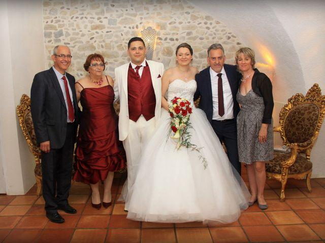 Le mariage de Jérémy et Cassandra à Vauvert, Gard 33