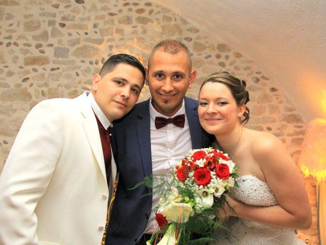 Le mariage de Jérémy et Cassandra à Vauvert, Gard 37