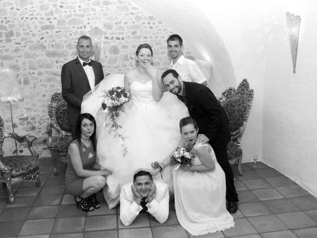 Le mariage de Jérémy et Cassandra à Vauvert, Gard 38