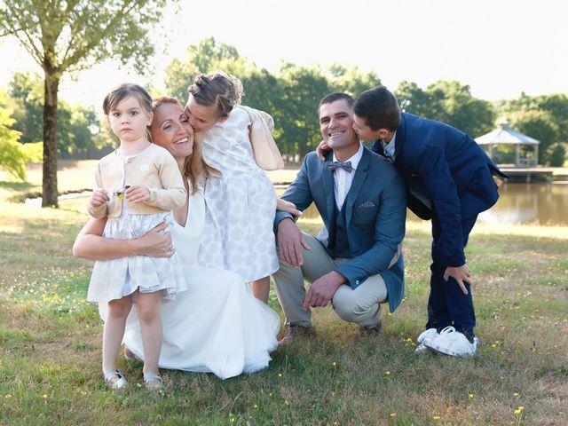 Le mariage de Sébastien et Alexandra à Chémeré, Loire Atlantique 1