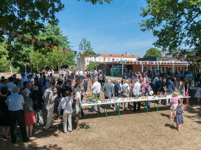 Le mariage de Sébastien et Alexandra à Chémeré, Loire Atlantique 23