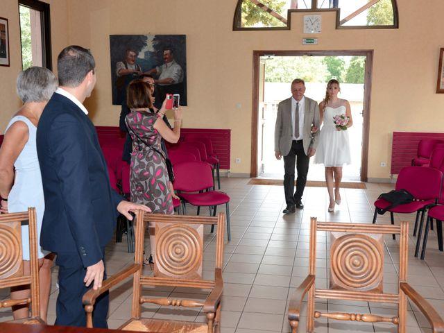 Le mariage de Pierre-Yves et Stéphanie à Quincié-en-Beaujolais, Rhône 2