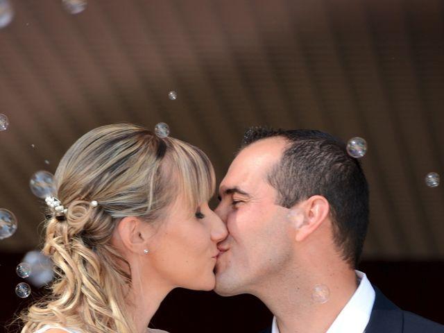 Le mariage de Pierre-Yves et Stéphanie à Quincié-en-Beaujolais, Rhône 9