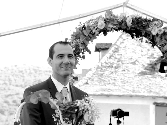 Le mariage de Pierre-Yves et Stéphanie à Quincié-en-Beaujolais, Rhône 69